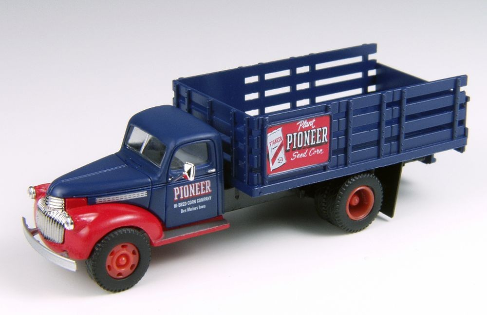 "Mini Metals: 41/46 Chevrolet Stake Bed Truck ""Pioneer Corn Company"""